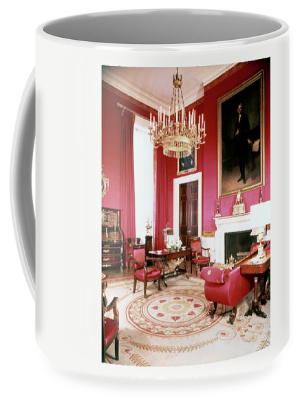 Home Coffee Mug featuring the photograph The White House Red Room by Tom Leonard