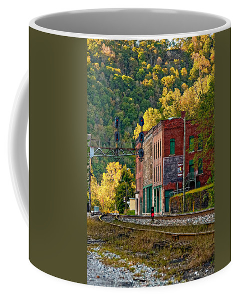 Thurmond Coffee Mug featuring the photograph Thurmond Wv by Steve Harrington