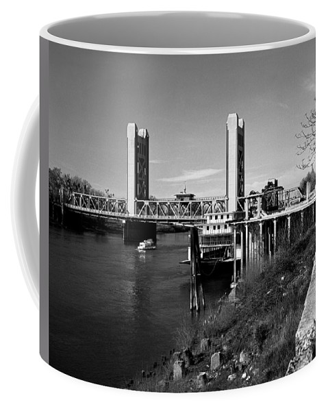 Tower Bridge Coffee Mug featuring the photograph Tower Bridge Sacramento by Lee Santa