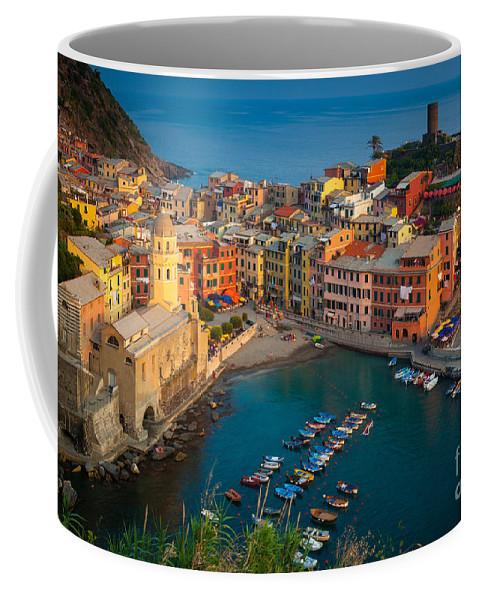 Cinque Terre Coffee Mug featuring the photograph Vernazza Pomeriggio by Inge Johnsson