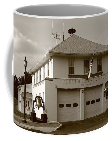 America Coffee Mug featuring the photograph Congers, New York - Vintage Firehouse by Frank Romeo