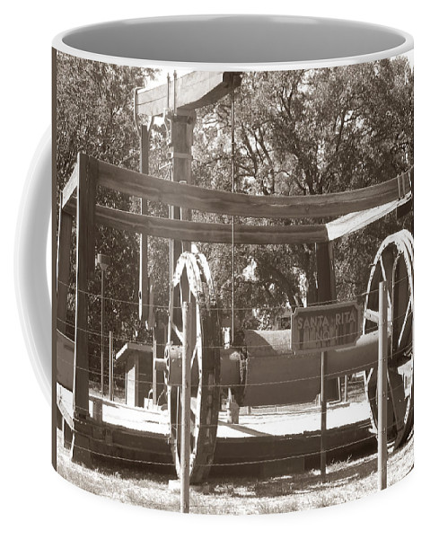 Vintage Oil Rig Coffee Mug featuring the photograph Vintage Oil Rig Santa Rita No. 1 by Connie Fox