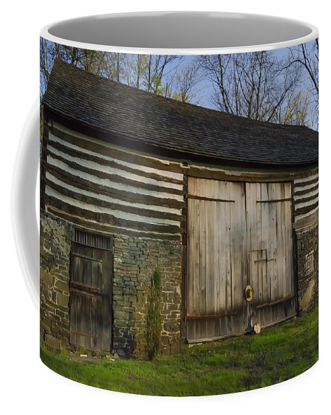 Vintage Coffee Mug featuring the photograph Vintage Pennsylvania Barn by Bill Cannon