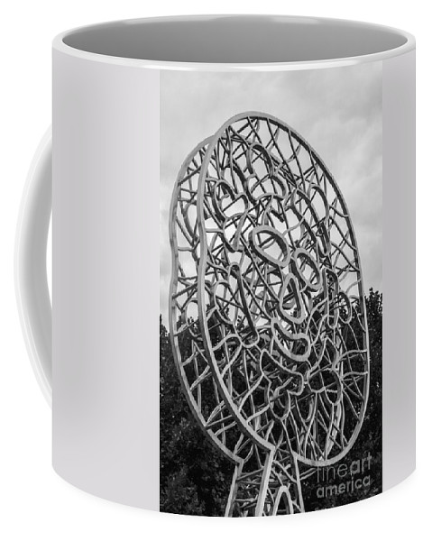 Melbourne Australia City Cities Cityscape Cityscapes Travellers Sculptures Walking Sun Sculpture Architecture Building Buildings Structure Structures Skyscraper Skyscrapers Black And White Nadim Karam Coffee Mug featuring the photograph Walking Sun 2 by Bob Phillips