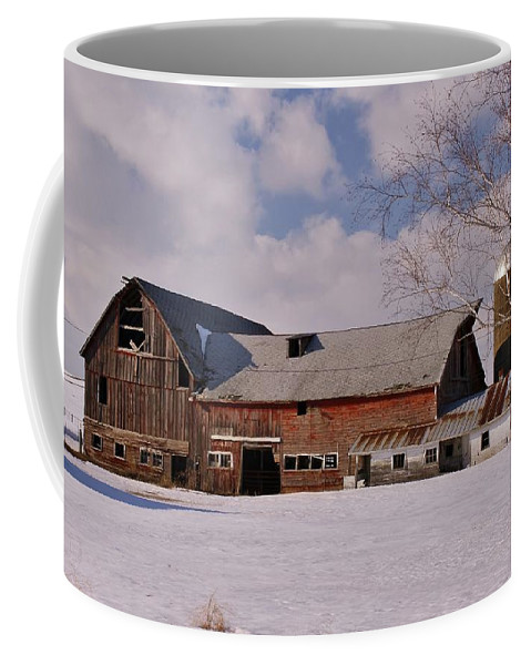 Farm Coffee Mug featuring the photograph Weathered Barn by Lowell Stevens