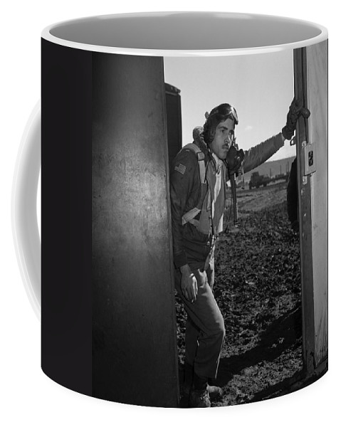 1945 Coffee Mug featuring the photograph Wwii: Tuskegee Airman, 1945 by Granger