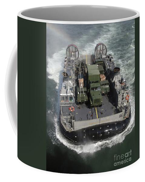 Vertical Coffee Mug featuring the photograph A Landing Craft Air Cushion Class by Stocktrek Images