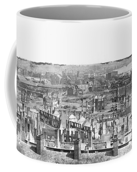 1865 Coffee Mug featuring the photograph Civil War: Richmond by Granger