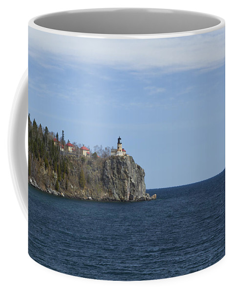 Split Coffee Mug featuring the photograph Split Rock Lighthouse 82 by John Brueske