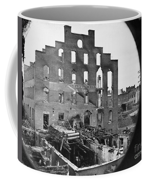 1865 Coffee Mug featuring the photograph Civil War: Richmond, 1865 by Granger