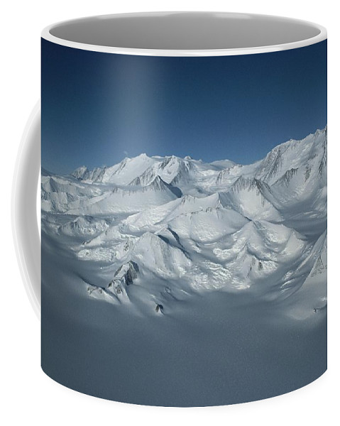 Scenes And Views Coffee Mug featuring the photograph An Aerial View Of Mount Vinson by Gordon Wiltsie