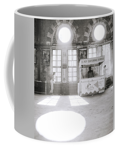 Asia Coffee Mug featuring the photograph Bombay In India by Shaun Higson