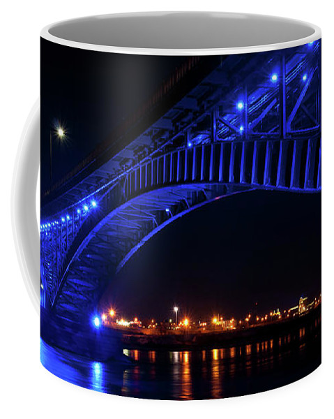 Bridges Coffee Mug featuring the photograph Buffalo Under The Bridge by Guy Whiteley