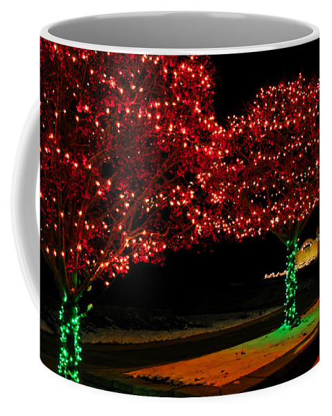 Usa Coffee Mug featuring the photograph Christmas Lights Red And Green by LeeAnn McLaneGoetz McLaneGoetzStudioLLCcom
