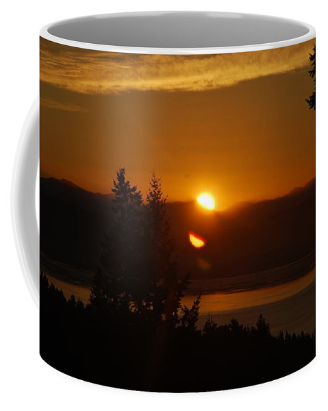 Sunrise Coffee Mug featuring the photograph Daybreak by Michael Merry