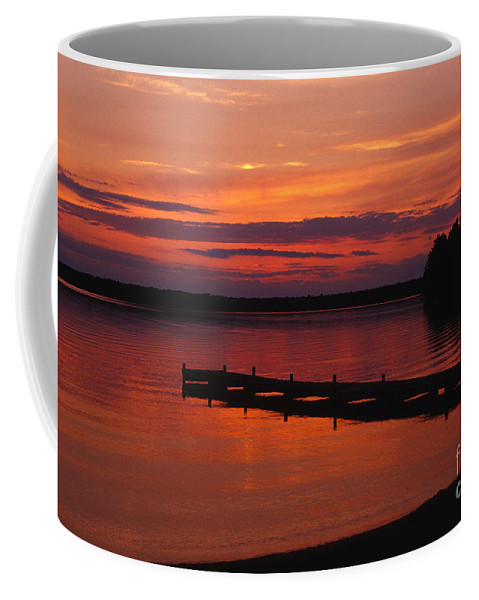 Sunset Coffee Mug featuring the photograph Days End by Sandra Bronstein