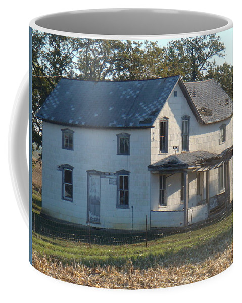 House Coffee Mug featuring the photograph Deserted by Bonfire Photography
