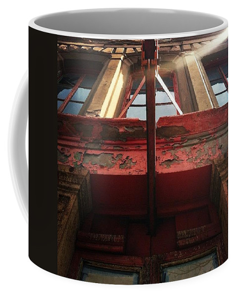 Door Coffee Mug featuring the photograph Door Top In Philadelphia by Katie Cupcakes