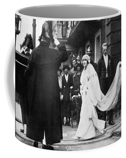 1923 Coffee Mug featuring the photograph Elizabeth Bowes-lyon by Granger