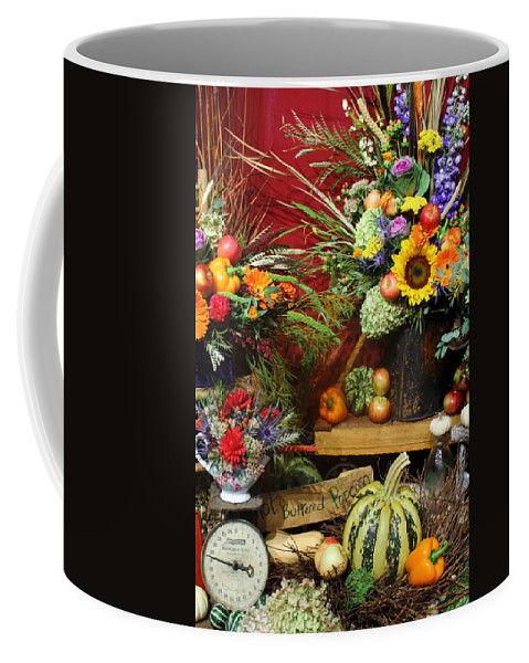 Fall Coffee Mug featuring the photograph Hot Buttered Popcorn by Jeff Heimlich