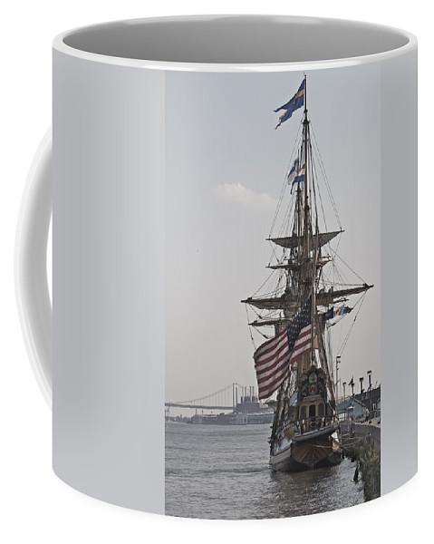 Kalmar Nyckel Tall Ship Penns Landing Wilmington Delaware Profile Boat Coffee Mug featuring the photograph Kalmar Nyckel Profile by Alice Gipson