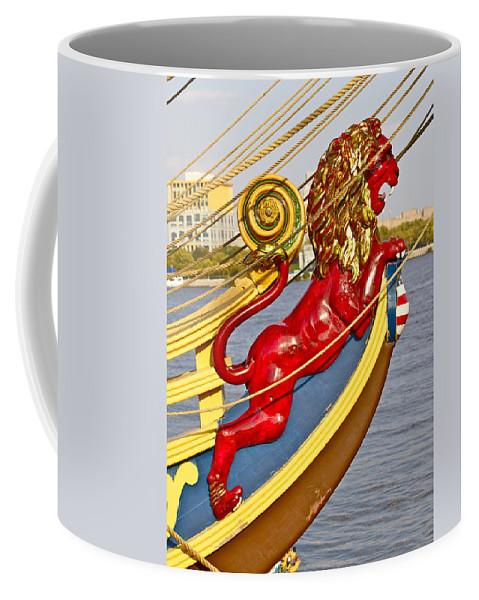 Kalmar Nyckel Tall Ship Red Lion Penns Landing Coffee Mug featuring the photograph Kalmar Nyckel Red Lion by Alice Gipson