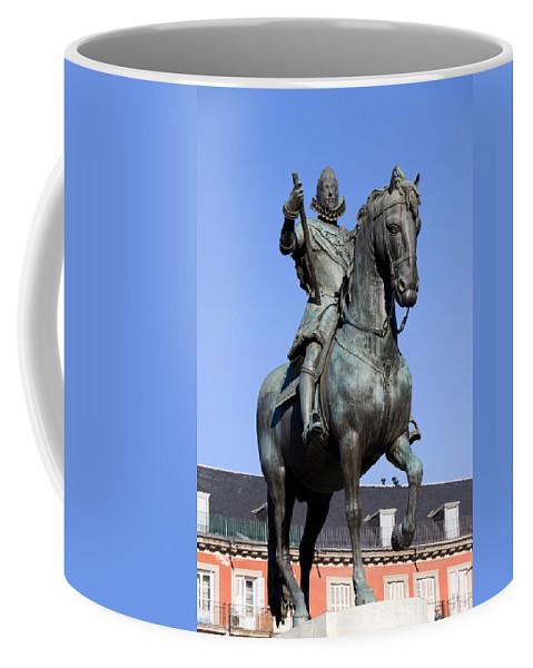 Madrid Coffee Mug featuring the photograph King Philip IIi Statue In Madrid by Artur Bogacki