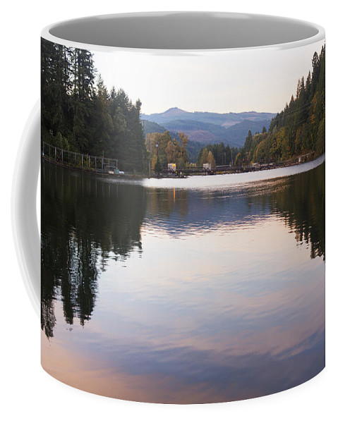 Art Coffee Mug featuring the photograph Looking Towards Leaburg Dam by Belinda Greb