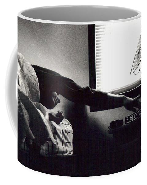 Sunrise Coffee Mug featuring the photograph Morning Stretch by Christina Moreno