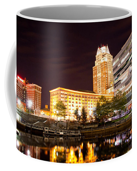 Cityscape Coffee Mug featuring the photograph Night Life by Frank Pietlock