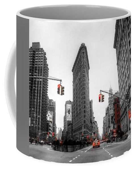Active Coffee Mug featuring the photograph Nyc015 by Svetlana Sewell