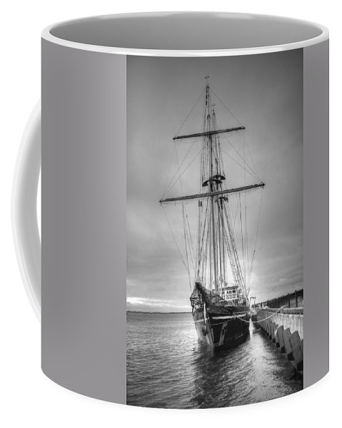 Ship Coffee Mug featuring the photograph Old Ship by David Troxel