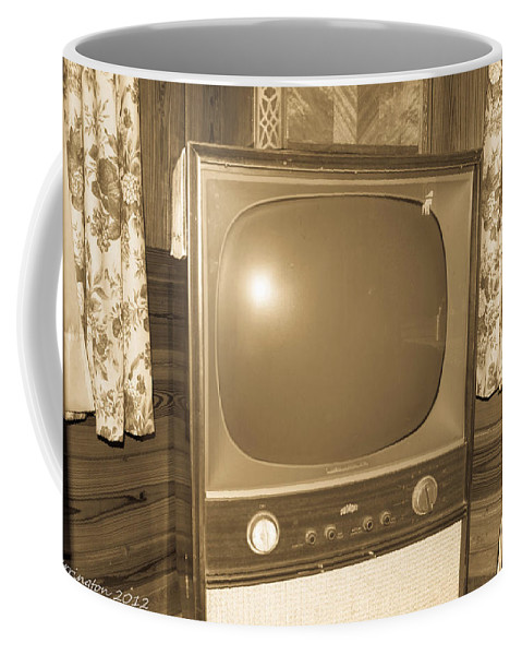 Old Tv Coffee Mug featuring the photograph Old Television by Shannon Harrington