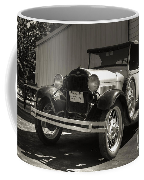 Old Car Coffee Mug featuring the photograph Oldy by Diego Re