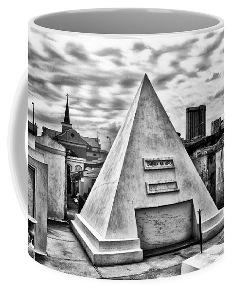 Omnia Ab Uno - Everything From The One Coffee Mug featuring the photograph Omnia Ab Uno - Everything From The One by Bill Cannon