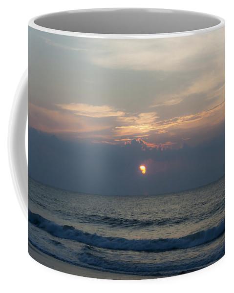 Sunrise Coffee Mug featuring the photograph Peeking Through by Teresa Mucha