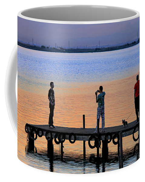 La Albufera Lagoon Coffee Mug featuring the photograph Photographing The Sunset by Juan Carlos Ferro Duque