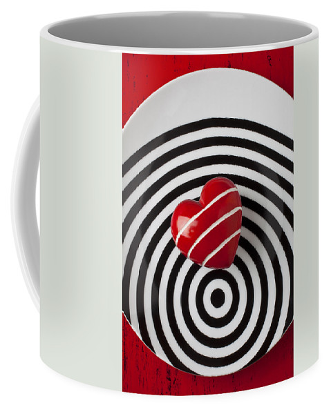 Red Coffee Mug featuring the photograph Red Heart On Circle Plate by Garry Gay