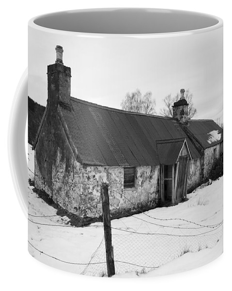 Cottage Coffee Mug featuring the photograph Ruined Cottage In Snow by Howard Kennedy
