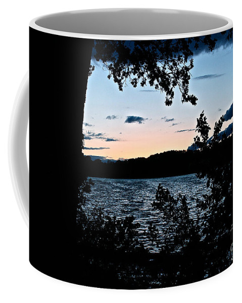 Outdoors Coffee Mug featuring the photograph Shoreline Sunset by Susan Herber