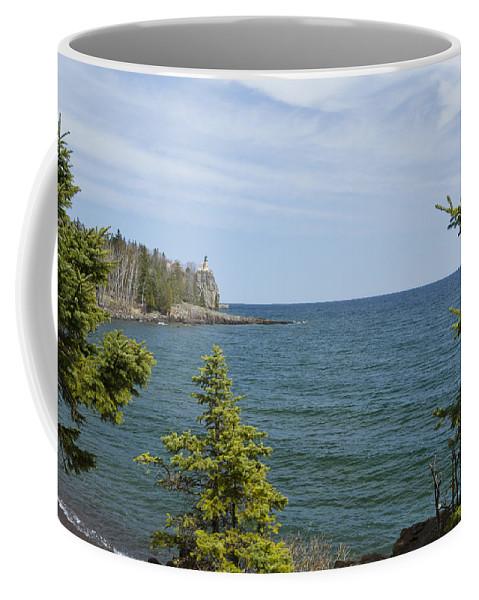 Split Coffee Mug featuring the photograph Split Rock Lighthouse 92 by John Brueske