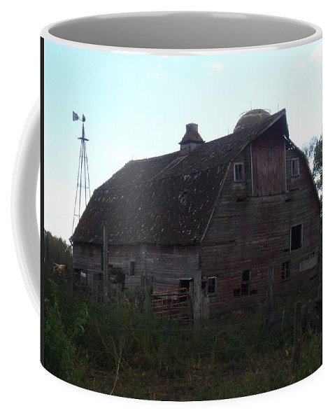 Barn Coffee Mug featuring the photograph The Barn IIi by Bonfire Photography