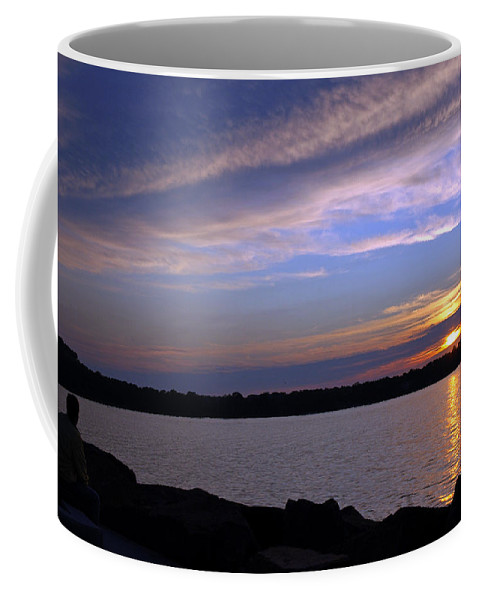 Usa Coffee Mug featuring the photograph Watchin The Sun Set by LeeAnn McLaneGoetz McLaneGoetzStudioLLCcom