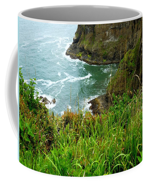 Sea Stacks Coffee Mug featuring the photograph Oregon's Seaside Cliffs In Springtime by Elaine Bawden
