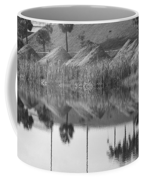 Pyrimids Coffee Mug featuring the photograph Pyrimids By The Lakeside Cache by Rob Hans