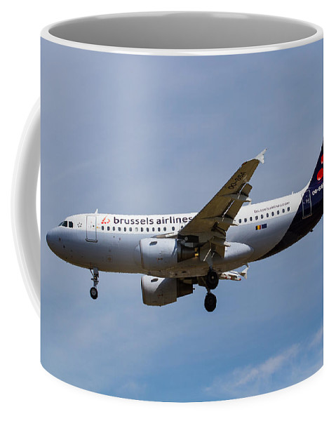 Brussels Coffee Mug featuring the photograph Brussels Airlines Airbus A319 by David Pyatt