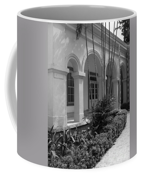 Vintage Coffee Mug featuring the photograph Colonial Architecture by Yali Shi