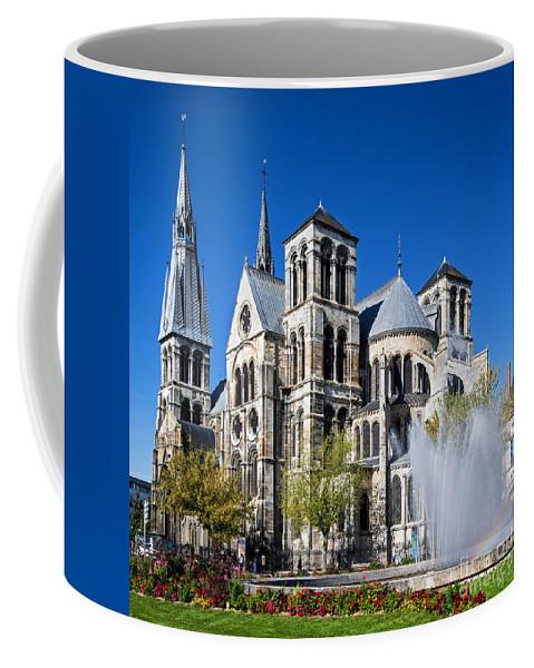 Eglise Notre-dame-en-vaux Coffee Mug featuring the photograph Eglise Notre - Dame En Vaux by Yefim Bam