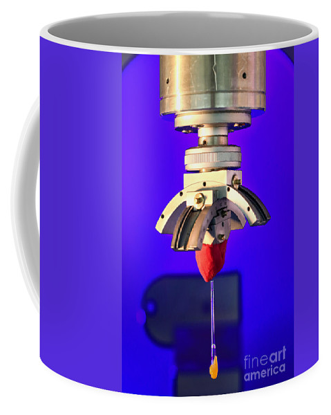 Science Coffee Mug featuring the photograph Hfir, Imagine Diffractometer by Science Source