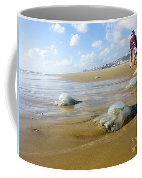 Jellyfish Coffee Mug featuring the photograph Jellyfish On The Beach by Shay Levy